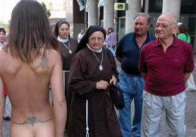 ABUSOS SEXUALES A MONJAS